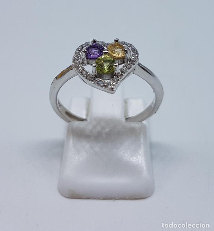 Joyeria: Bella sortija de pedida en plata de ley con circonitas, amatista, citrino y peridoto talla diamante. - Foto 3 - 107380839