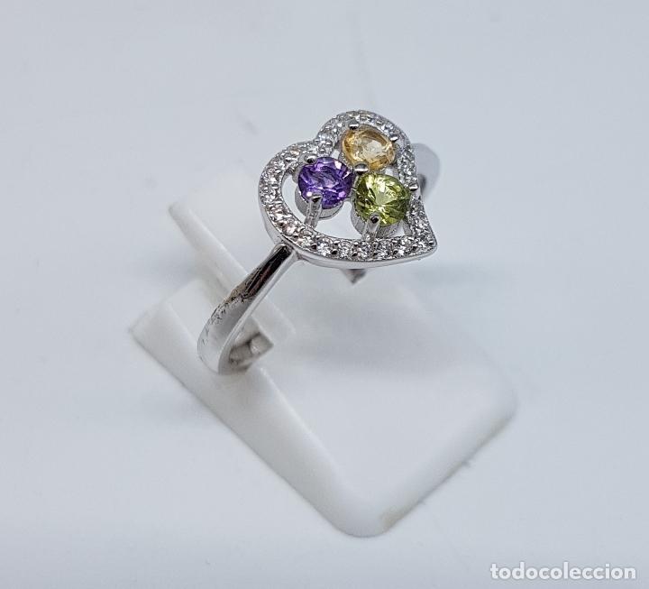 Joyeria: Bella sortija de pedida en plata de ley con circonitas, amatista, citrino y peridoto talla diamante. - Foto 4 - 107380839
