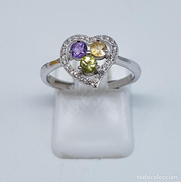 Joyeria: Bella sortija de pedida en plata de ley con circonitas, amatista, citrino y peridoto talla diamante. - Foto 5 - 107380839