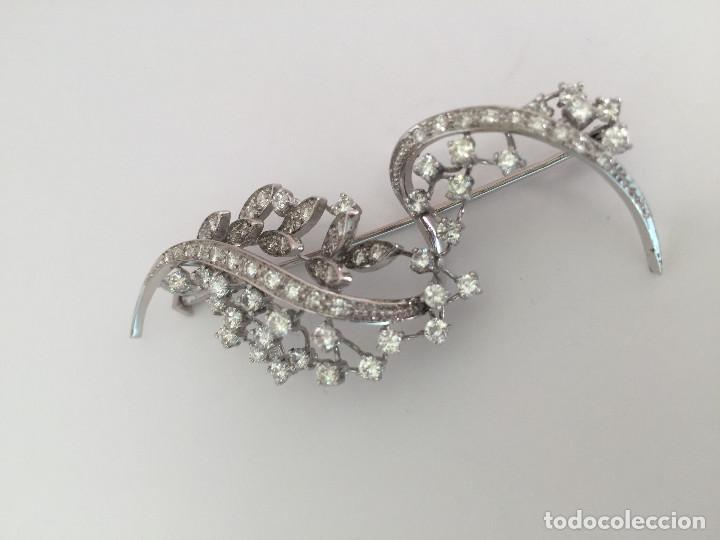 Joyeria: Broche de oro blanco de 18 Kt con Diamantes talla brillantes 2,53 ct - Foto 4 - 107656915