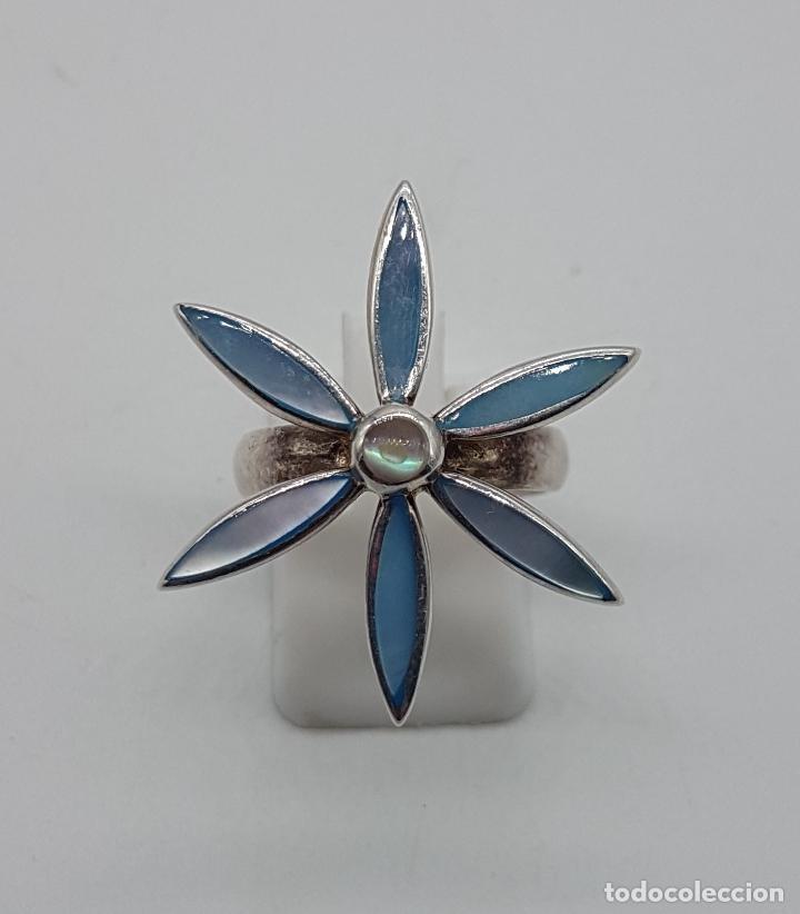 Joyeria: Anillo vintage en plata de ley punzonada y aplicaciones de nácar auténtico tono azul pastel . - Foto 5 - 107861643
