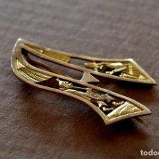 Jewelry - CURIOSO BROCHE CON LA LETRA A , ORO 18 KT VINTAGE - 107868079