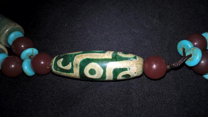 Joyeria: Collar tibetano antiguo de ágata dzi y turquesa. 17 Dzi de 3 y 9 ojos. Nepal. Siglo XX. - Foto 14 - 105366611