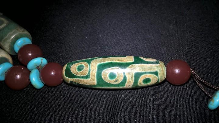 Joyeria: Collar tibetano antiguo de ágata dzi y turquesa. 17 Dzi de 3 y 9 ojos. Nepal. Siglo XX. - Foto 15 - 105366611