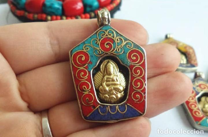 AMULETO BUDA BUDDHA TIBETANO COLGANTE TIBET DALAI LAMA BRONCE LAPISLAZULI TURQUESA CORAL ROJO (Joyería - Colgantes Antiguos)