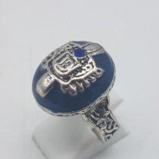 Joyeria - Original de tipo vintage anillo acabado en plata con esmalte azul añil y simil de zafiro . - 109498235