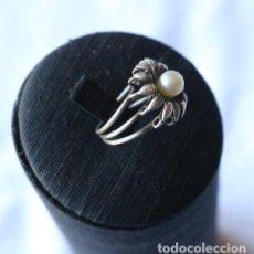 Joyeria: ANILLO DE PLATA CON PERLA CULTIVADA. SILVER RING WITH CULTIVATED PEARL-. Lote 110241927
