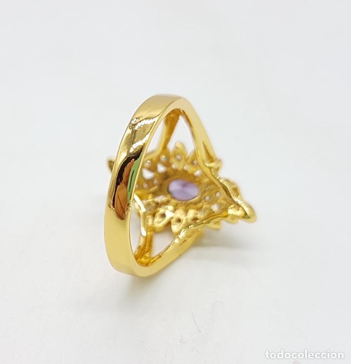 Joyeria: Sortija estilo Victoriano con baño de oro de 18k, circonitas talla brillante y amatista talla oval . - Foto 5 - 110579139