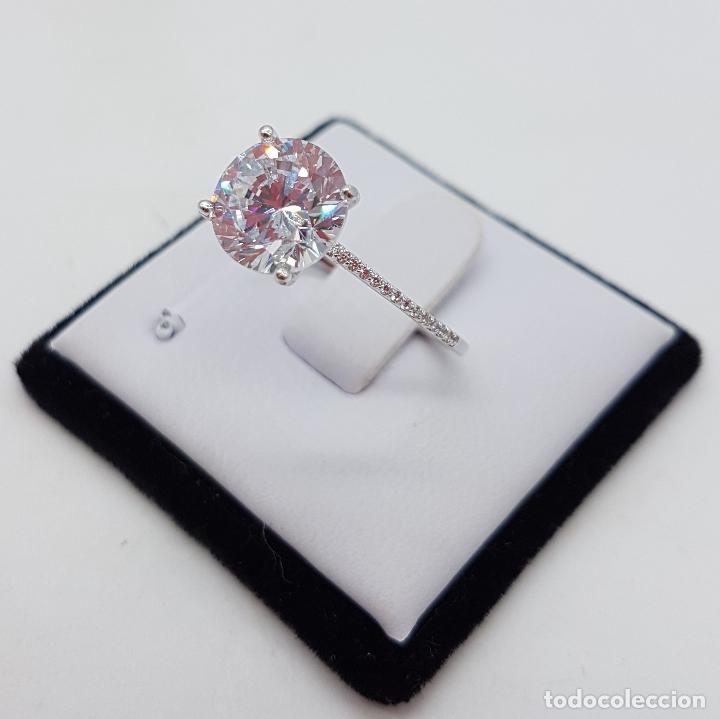 Joyeria: Precioso anillo solitario tipo pedida en plata de ley, pave de circonitas y circonita talla diamante - Foto 2 - 145010484