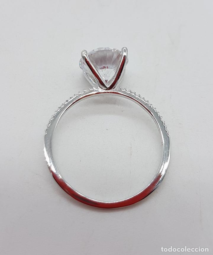 Joyeria: Precioso anillo solitario tipo pedida en plata de ley, pave de circonitas y circonita talla diamante - Foto 5 - 145010484