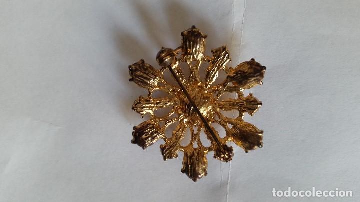 Joyeria: Explendido y antiguio Broche anos 30,40 hecho em metal y pedrita Zircone - Foto 4 - 112831575