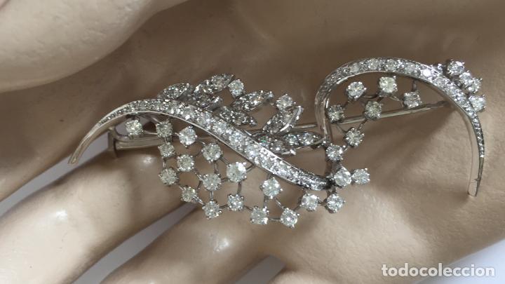 Joyeria: Broche de oro blanco de 18 Kt con Diamantes talla brillantes 2,53 ct - Foto 5 - 107656915