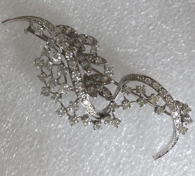 Joyeria: Broche de oro blanco de 18 Kt con Diamantes talla brillantes 2,53 ct - Foto 3 - 107656915