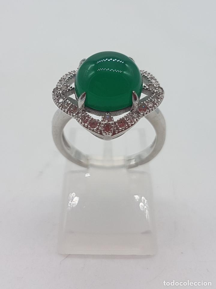 Joyeria: Sortija de estilo vintage en plata de ley contrastada, circonitas talla brillante, cabujón de jade . - Foto 3 - 132243975