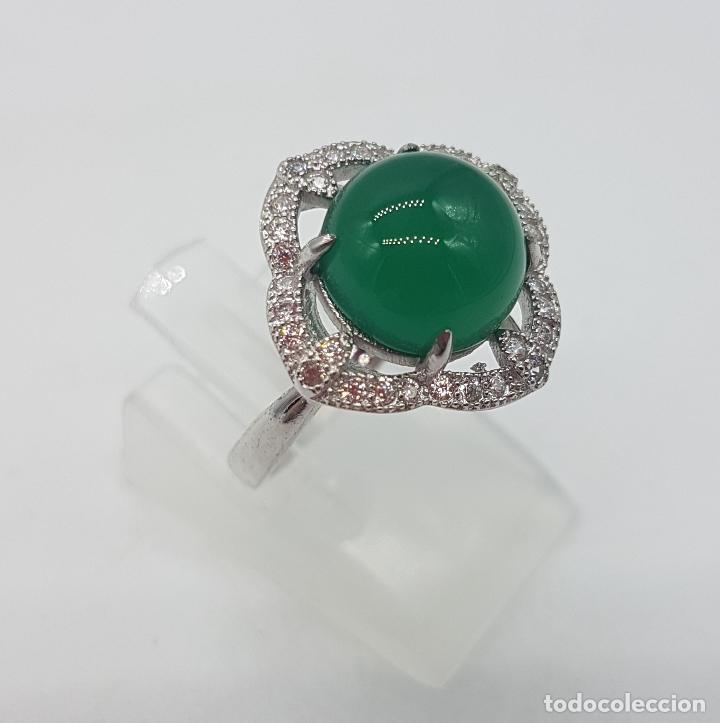 Joyeria: Sortija de estilo vintage en plata de ley contrastada, circonitas talla brillante, cabujón de jade . - Foto 4 - 132243975