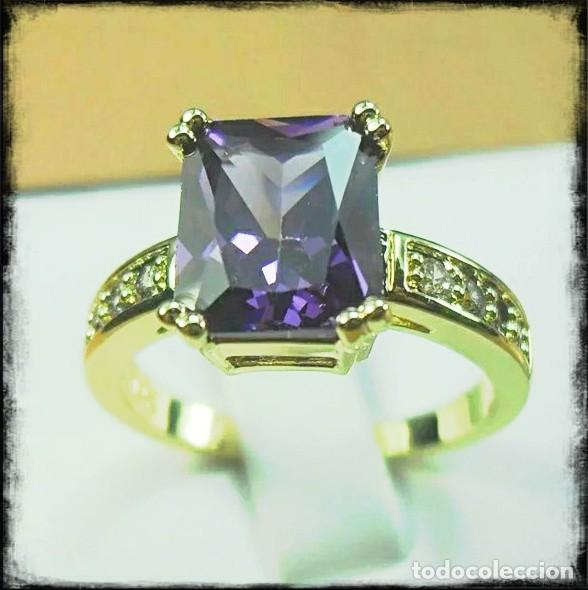 Joyeria: Precioso anillo de oro de 14kt laminado con amatista engastada en talla cuadrada - Foto 2 - 157804397
