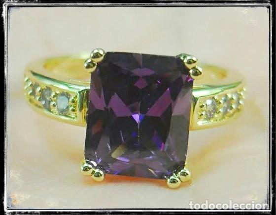 Joyeria: Precioso anillo de oro de 14kt laminado con amatista engastada en talla cuadrada - Foto 3 - 157804397