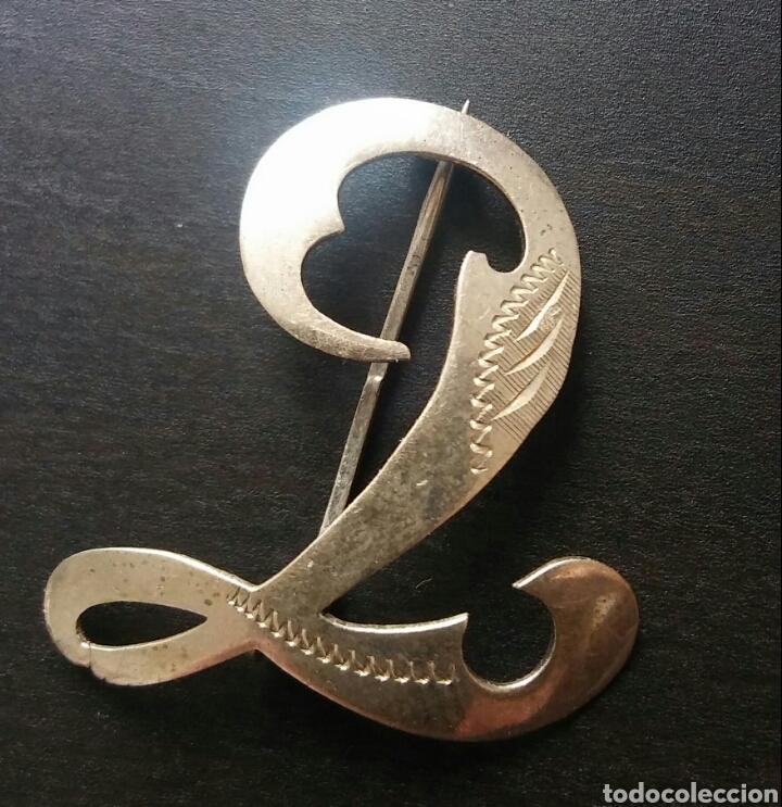 Joyeria: Broche antigua - Letra L o T - 800 plata - Foto 2 - 115277143