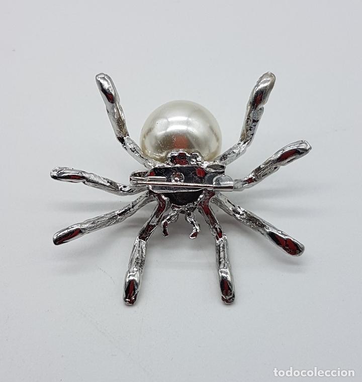 Joyeria: Broche de araña estilo art decó con símil de perla, circonitas y acabado en plata de ley . - Foto 5 - 115369107