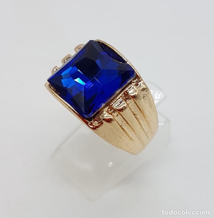 Joyeria: Gran anillo de caballero con cristal austriaco azul zafiro talla princesa y chapado en oro de 10k . - Foto 3 - 171471948