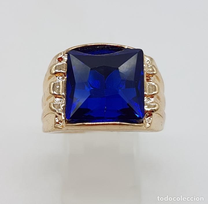 Joyeria: Gran anillo de caballero con cristal austriaco azul zafiro talla princesa y chapado en oro de 10k . - Foto 4 - 171471948