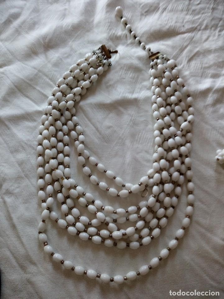 Joyeria: conjunto de gargantilla y pendientes de pinza es de mineral blanco años 70 - Foto 2 - 118664831