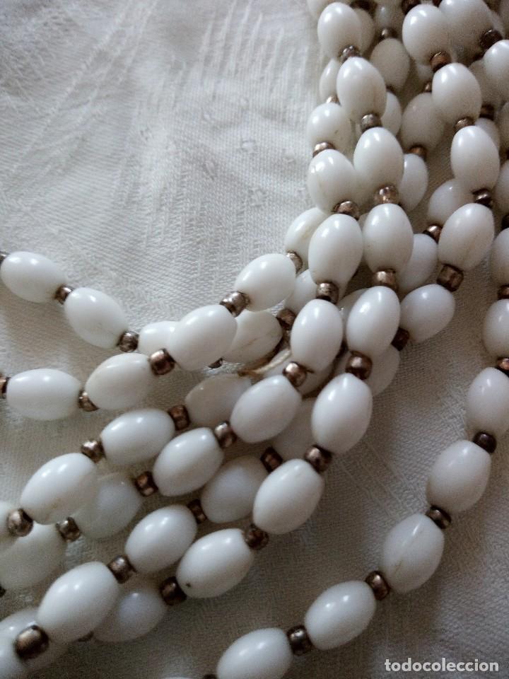 Joyeria: conjunto de gargantilla y pendientes de pinza es de mineral blanco años 70 - Foto 5 - 118664831