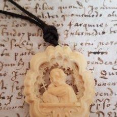 Joyeria - NIÑO JESUS,MAGNIFICO COLGANTE FINAMENTE TALLADO Y CALADO EN MARFIL,S. XIX - 119488003