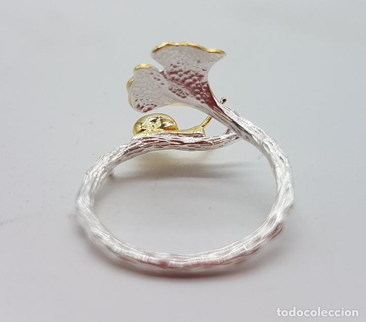 Joyeria: Sortija de diseño original en forma de rama de plata de ley con hoja y caracol en oro de ley de 18k - Foto 6 - 158637094