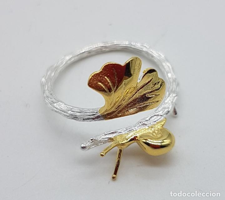 Joyeria: Sortija de diseño original en forma de rama de plata de ley con hoja y caracol en oro de ley de 18k - Foto 7 - 158637094