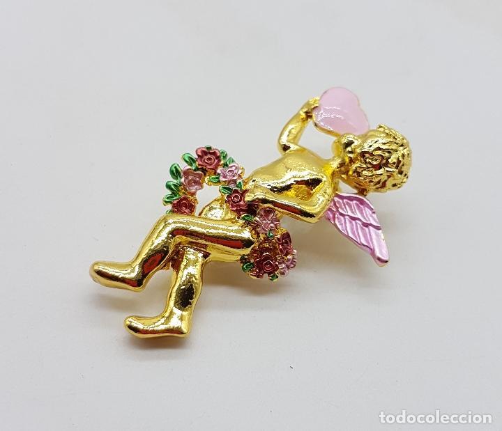 Joyeria: Bello broche de querubin o angelote tipo vintage, con acabado en oro y detalles esmaltados . - Foto 2 - 123018891