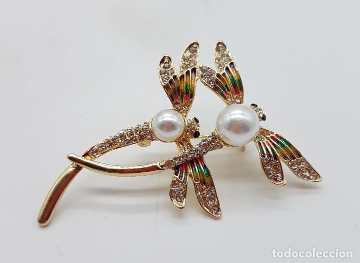 Joyeria: Broche de pareja de libelulas tipo modernista con acabado en oro, circonitas, esmaltes y perlas . - Foto 2 - 159961949