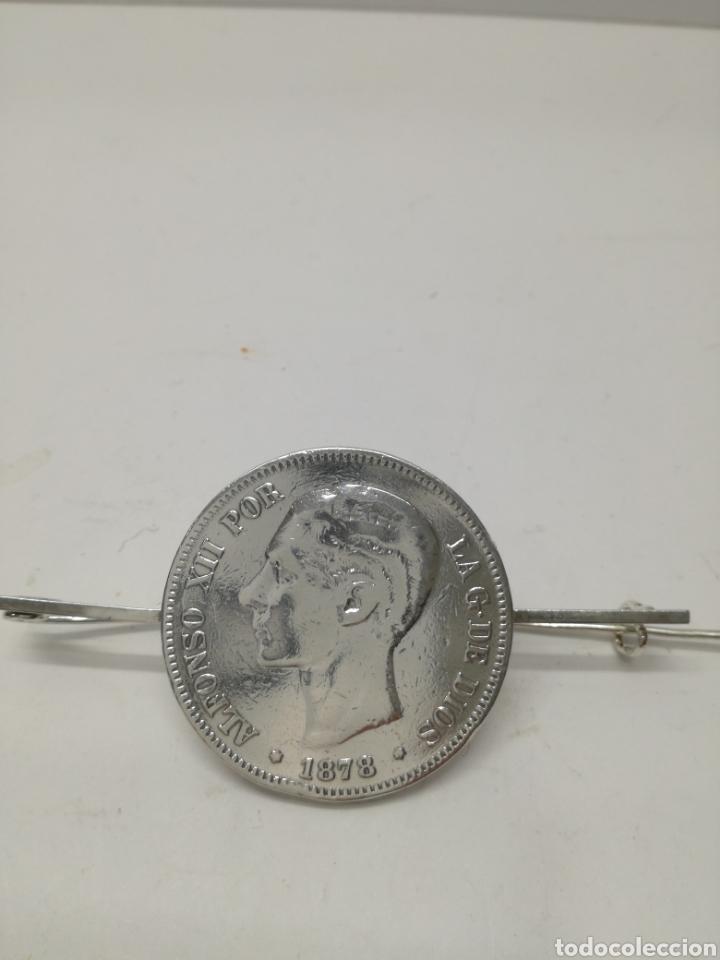 Joyeria: Broche de PLATA, con moneda de PLATA de Alfonso XXII - Foto 2 - 123510456