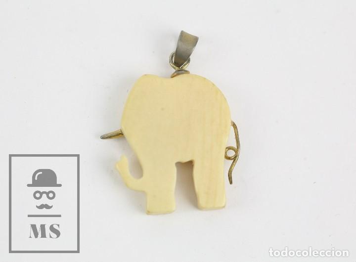 Joyeria: Colgante Oriental de Marfil o Hueso Tallado - Elefante - Medidas 25 x 25 mm - Foto 3 - 123625571