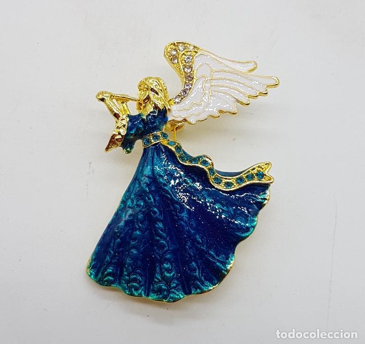 Joyeria: Broche vintage de ángel de la guarda con acabado en oro, esmaltes al fuego y pedrería . - Foto 2 - 254576190