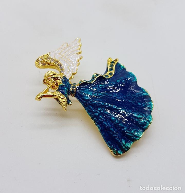 Joyeria: Broche vintage de ángel de la guarda con acabado en oro, esmaltes al fuego y pedrería . - Foto 3 - 254576190