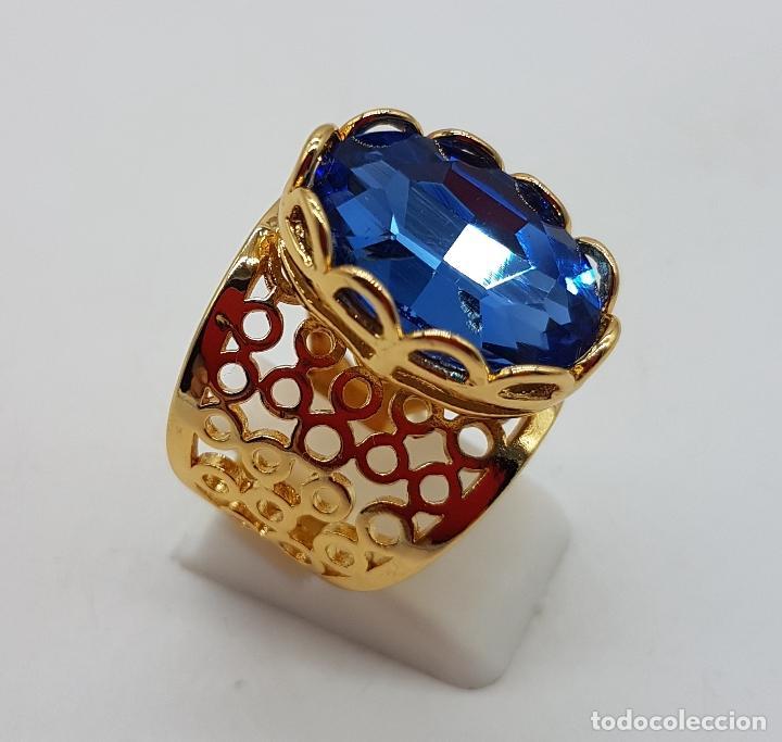 Joyeria: Gran anillo calado chapado en oro de 14k con topacio azul profundo creado talla oval facetado . - Foto 3 - 171471932