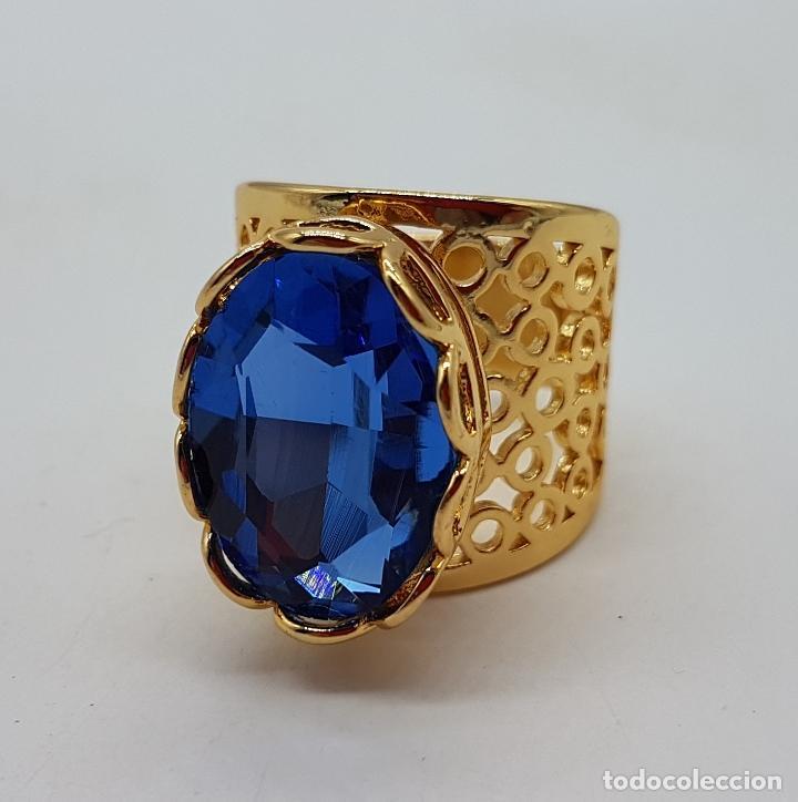 Joyeria: Gran anillo calado chapado en oro de 14k con topacio azul profundo creado talla oval facetado . - Foto 5 - 171471932