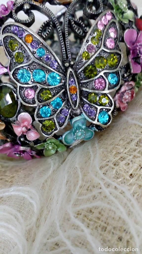 Joyeria: Alegre brazalete de pedrería de colores con mariposas - Foto 3 - 125269155
