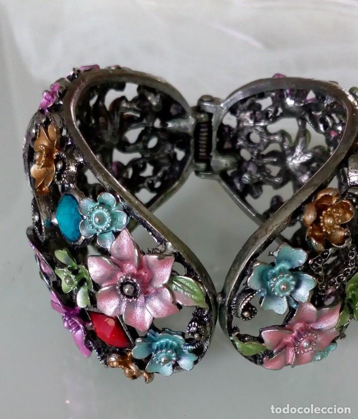 Joyeria: Alegre brazalete de pedrería de colores con mariposas - Foto 5 - 125269155