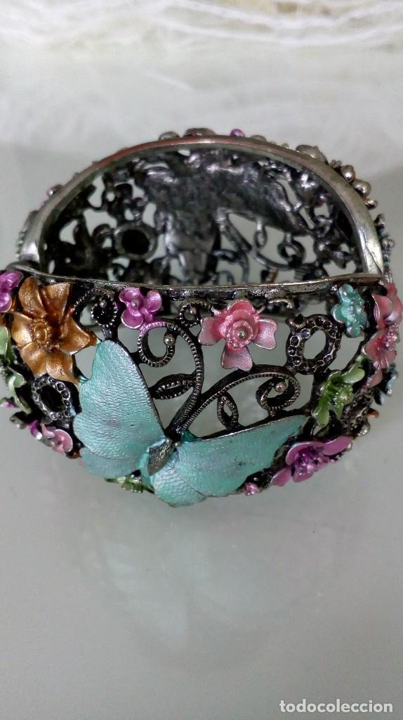 Joyeria: Alegre brazalete de pedrería de colores con mariposas - Foto 6 - 125269155