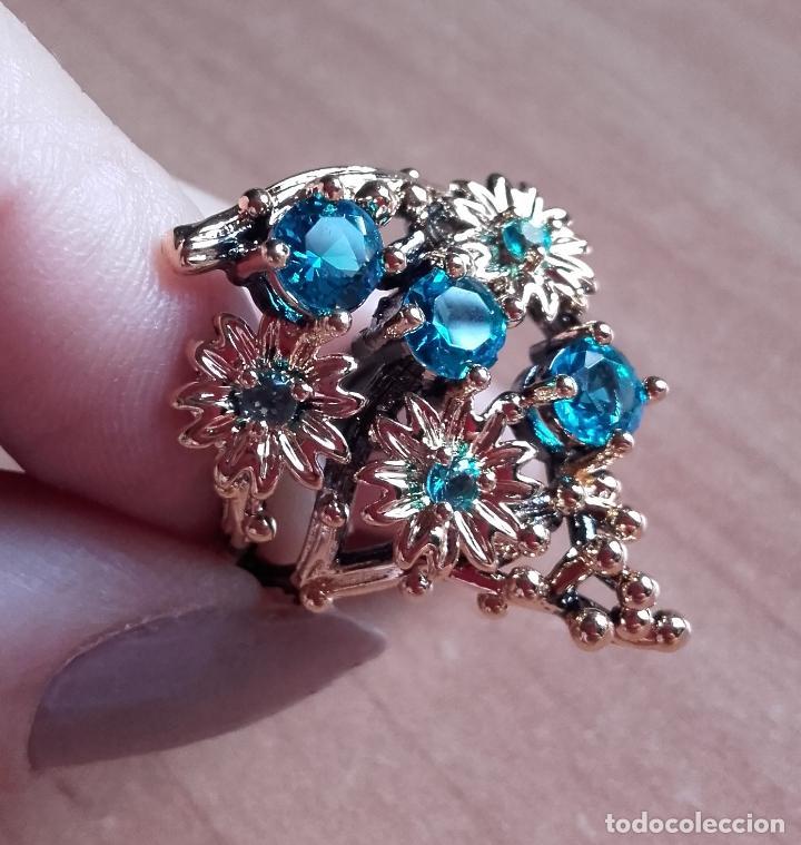 Joyeria: Anillo / sortija estilo vintage, con topacios azul suizo y motivos botánicos en plata 925. Talla 19. - Foto 2 - 127452359