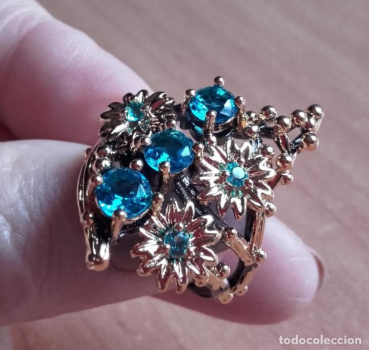 Joyeria: Anillo / sortija estilo vintage, con topacios azul suizo y motivos botánicos en plata 925. Talla 19. - Foto 7 - 127452359