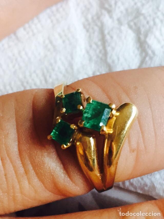 Joyeria: Precioso anillo oro de 18 klts y 3 esmeraldas naturales - Foto 3 - 127555094