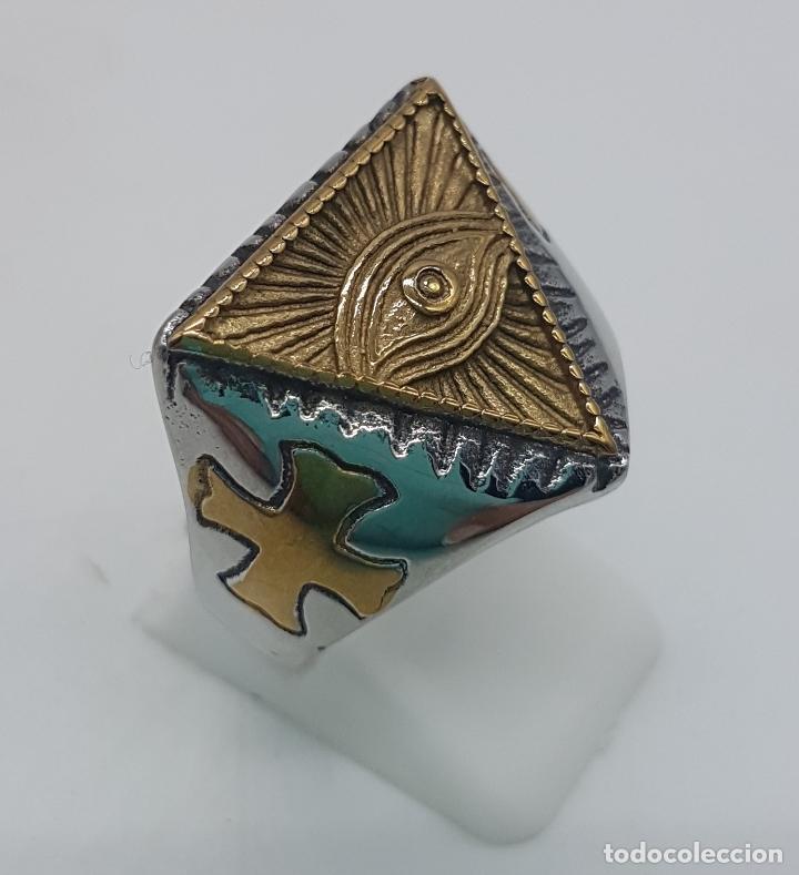 Joyeria: Precioso anillo en acero inoxidable de estilo masónico con ojo de la providencia. - Foto 3 - 127621463