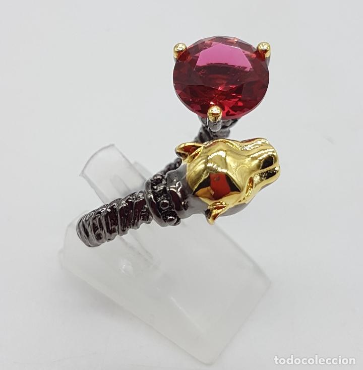 Joyeria: Sofisticado anillo en plata de ley, platinado en negro y oro de 18k, con turmalina talla diamante . - Foto 2 - 128133891