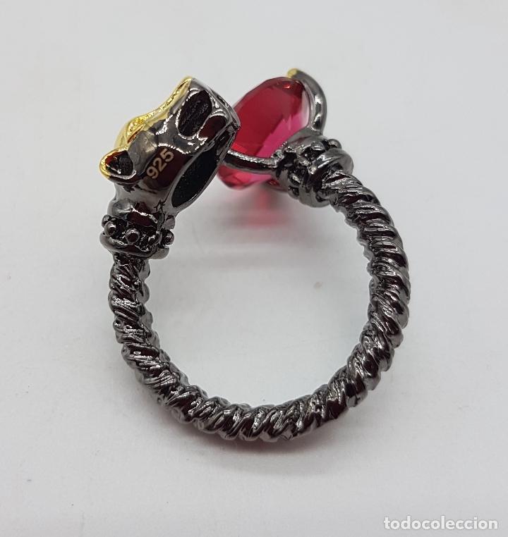 Joyeria: Sofisticado anillo en plata de ley, platinado en negro y oro de 18k, con turmalina talla diamante . - Foto 6 - 128133891