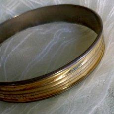 Joyeria - Elegante pulsera dorada - 131555122