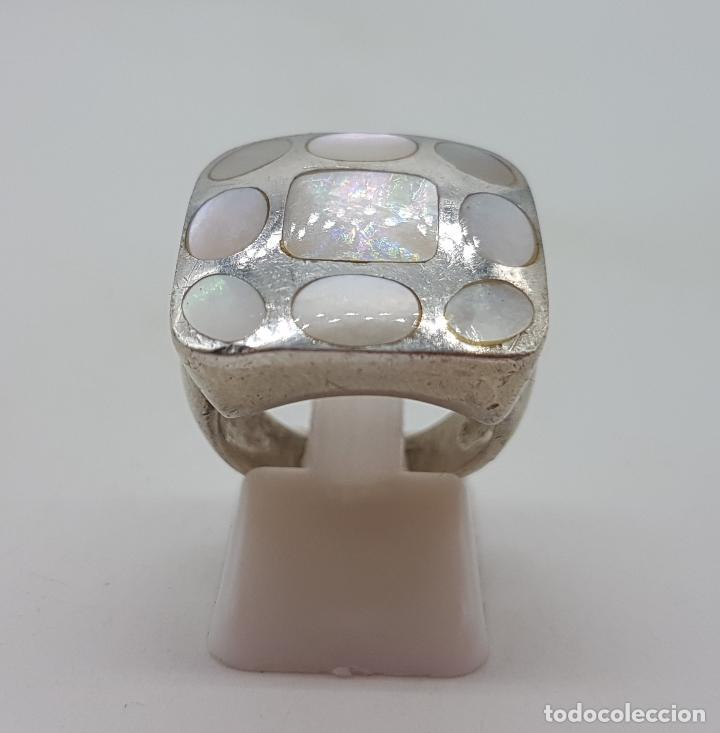 Joyeria: Gran anillo vintage en plata de ley contrastada, aplicaciones de nacar autentico . - Foto 3 - 132035058