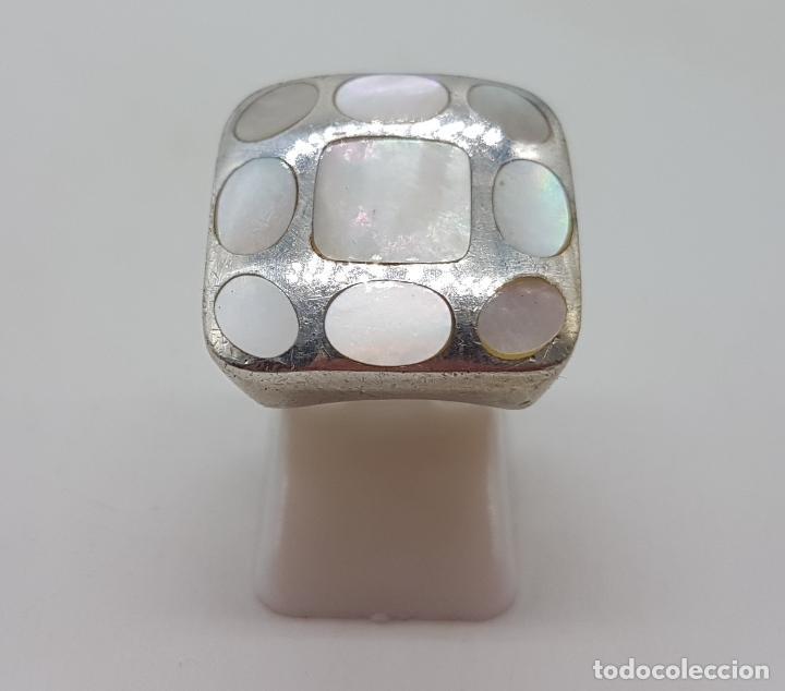 Joyeria: Gran anillo vintage en plata de ley contrastada, aplicaciones de nacar autentico . - Foto 5 - 132035058